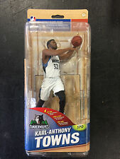 MCFARLANE NBA SERIES 29 KARL-ANTHONY TOWNS FIGURE