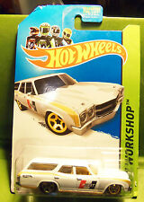 Hot Wheels 1970 '70 Chevelle SS White Wagon Hurst Logo Gold Flared Pinstriping