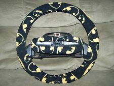 BATMAN SIGNAL FLEECE STEERING WHEEL COVER SET