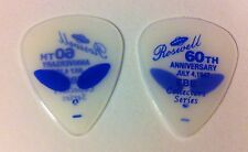 2 Roswell Aliens 60th Anniv Guitar Picks EBE NOS 2007 Collector Glow In The Dark