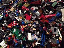 900 Bulk Legos +3 Mini Figures / 900X Randomly Selected Bricks & Parts & Pieces