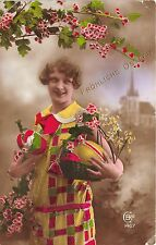 BG20339 girl with flower and egg ostern easter   germany