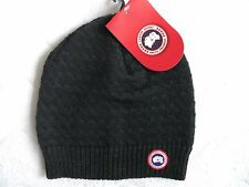 CANADA GOOSE Womens Graphite / Ink Blue MERINO WOOL CABLE BEANIE Tuque Femme Tag