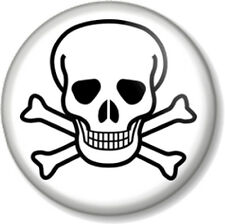 "Skull and Crossbones 25mm 1"" Pin Button Badge Halloween Pirate Flag Jolly Roger"