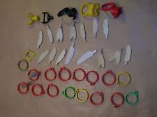 LOT PLAYMOBIL / TOUR DE TETE, PLUMES, MASQUES... / 35 PIECES / TRES BON ETAT