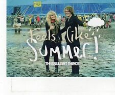 (FT913) Feels Like Summer! The Brilliant Things - Postcard SIGNED
