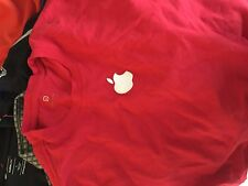 Apple Store employee embroidered  red short sleeve    t shirt adult Large
