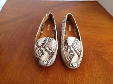 GEOX Respira Women's 39/8 Printed Snakeskin Leather Loafers Driving Flats Shoes
