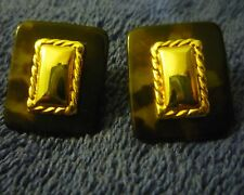 NICE NAPIER GOLD FRAME AND BAKELITE TORTOISE SHELL EARRINGS ABOUT 1 IN X 3/4 INC