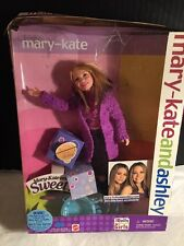 2001 MARY KATE AND ASHLEY SWEET 16 MARY-KATE BARBIE DOLL