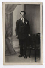 CARTE PHOTO Décor Toile peinte Postcard RPPC 1930 Homme Costume Cigarette