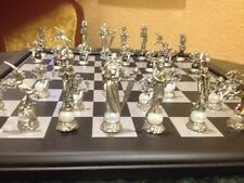 Pewter Fantasy chess set with crystals/Board