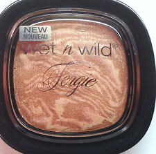 Wet' n Wild Fergie  Reflect Shimmer Palette Bronzer #A044 Rose Golden Goddess