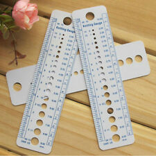 1 x Plastic Knitting Needle Size Gauge Ruler Weaving Tools- Inches/CM JC14