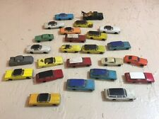 VINTAGE LOT OF 24 PLASTIC GAS STATION PLASTIC TOY CARS FOR MODEL TRAIN SET