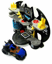 Fisher Price Batman Imaginext BAT CAVERNA, Deluxe BATMOBILE AUTO & figura set lotto