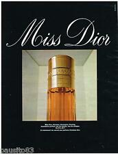 PUBLICITE ADVERTISING 105  1967  DIOR  parfum femme MISS
