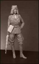 Yugoslav chetnik soldier girl woman scale 1:16 resin kit 120 mm