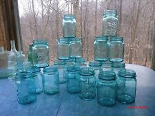Lot of 20 vintage Perfect Mason blue pint canning jars, very good con. wedding