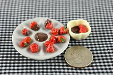 Chocolate Strawberry Miniature Food Dollhouse Accessories Barbie Doll 1:6 Scale