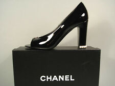 CHANEL RUNWAY BLACK PATENT LEATHER PEARL STACKED HEELS OPEN TOE PUMPS 40/9.5 NEW