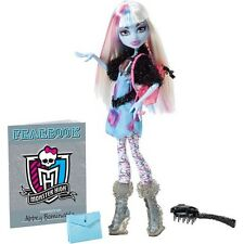 Monster High Abbey Bominable Fashion Doll Picture Day The Yeti Mattel NIB