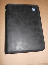 2000 VW VOLKSWAGEN PASSAT OWNER'S MANUALS AND Embroidered Logo CASE
