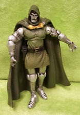 2011 Hasbro Marvel Universe Fantastic Four Doctor Doom Action Figure #015