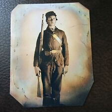 Civil War Military Soldier With Rifle tintype C732NP