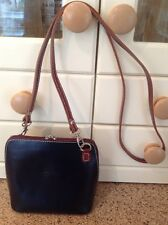 GREAT VERA PELLE BLACK & BROWN EDGED SMALL LEATHER MESSENGER BARELY USED