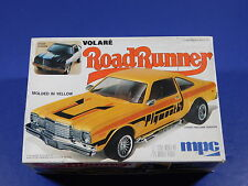 MPC 1978 Plymouth Volare Road Runner 1/25  2n1 Model Car Kit