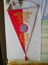 gestickter Wimpel FC Bayern München letzter Eintrag DFB-Ligapokal 1999 ansehen