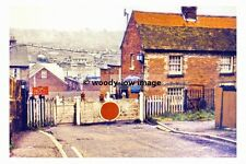 rp6421 - Smithards Lane Railway Crossing , Cowes Isle of Wight - photograph 1964