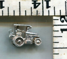 VINTAGE STERLING BRACELET CHARM~ENGLISH~OPENING TOP~MAN DRIVES TRACTOR~$18.00!!