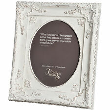 8 X 10 ORNATE ANTIQUE WHITE OVAL PHOTO FRAME - WILL HOLD 1 SMALL PHOTO INSIDE.