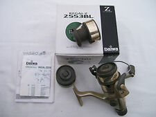 MULINELLO DAIWA REGAL- Z 2553 BL - NUOVO  CON ACCESSORI - VENDO