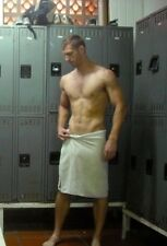 Shirtless Male Athletic Build Jock Locker Room Shot In Towel Hunk PHOTO 4X6 C253