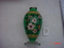 NE'QUA   Art   Glass  Vase   Retail  was  $82.50  9  Inches  Tall