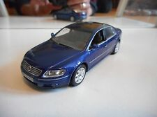 Minichamps VW Phaeton in Blue on 1:43