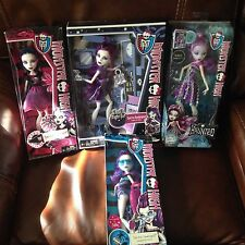 Monster High Spectra Vondergeist Daughter of the Ghost Lot of 4 Dolls NEW