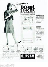 PUBLICITE ADVERTISING 086  1964  les  machines à coudre tricoter Singer aspirate