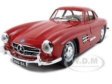 1954 MERCEDES BENZ 300 SL GULLWING RED 1:24 DIECAST MODEL CAR BBURAGO 22023
