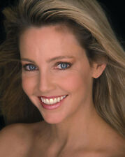 Heather Locklear UNSIGNED photo - H2870 - BEAUTIFUL!!!!!