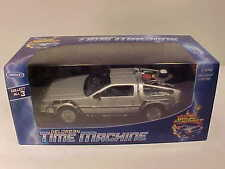 DeLorean 1981 BACK TO THE FUTURE Part 2 Time Machine Die-cast 1:24 Welly 7 inch