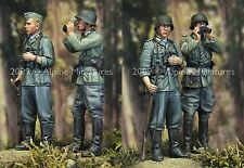 Alpine Mins 35083 German Infantry Set Officer & NCO WW2 1/35th Model kit