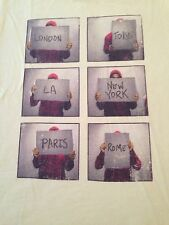 International Hitchhiker World Traveler T Shirt Tee London Tokyo LA Paris RARE