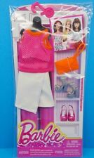 NEW! 2016 BARBIE COMPLETE LOOK FASHION PACK SHIRT, SKIRT, SHOES, & PURSE