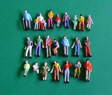 24 X CF002 Model Railway Assorted Painted Figures, HO/OO Scale, New