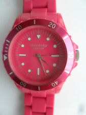 SHOCKING PINK IDENTITY WATCH LONDON DIVERS STYLE BRACELET WRISTWATCH AQ26 28ID