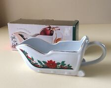 TIENSHAN Fine China 16 Oz. Gravy Boat Deck The Halls Home Decor Mothers Day Gift
